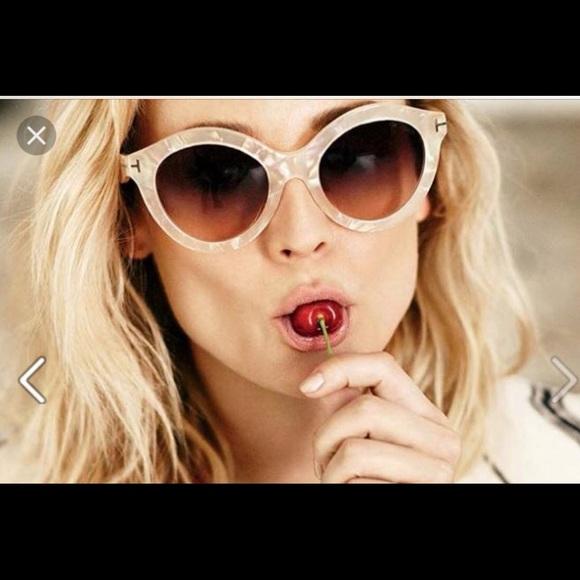 2250de15a661 Tom Ford Chiara Tf 350 oversize frame perl glasses.  M 5a5bf8c2a825a658f917b752